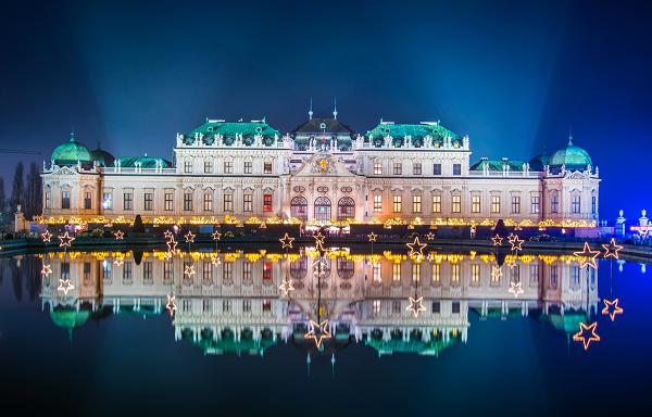 CentralEurope_Vienna_Sights_shutterstock_437554582.png