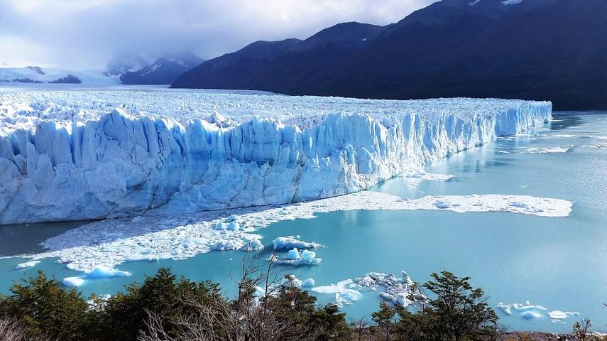 Moreno Glacier 2.jpg