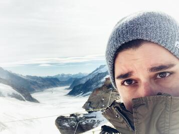 jungfraujoch-me at the top being v cold